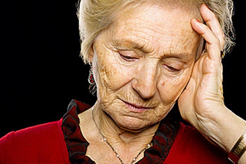 Vì sao người cao tuổi dễ bị viêm mũi dị ứng? 1