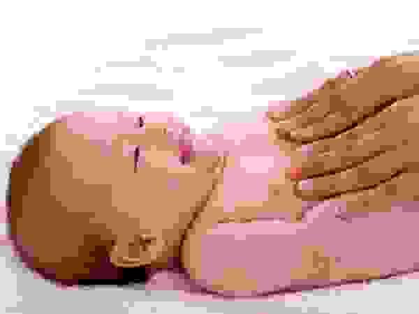 Phòng tránh và chăm sóc bé bị viêm mũi dị ứng 1