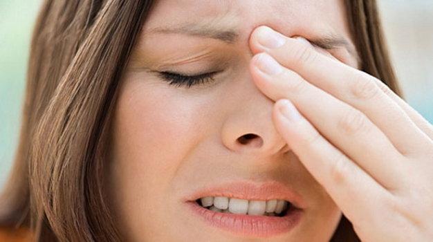 Cẩn trọng với viêm mũi xoang lúc giao mùa 1