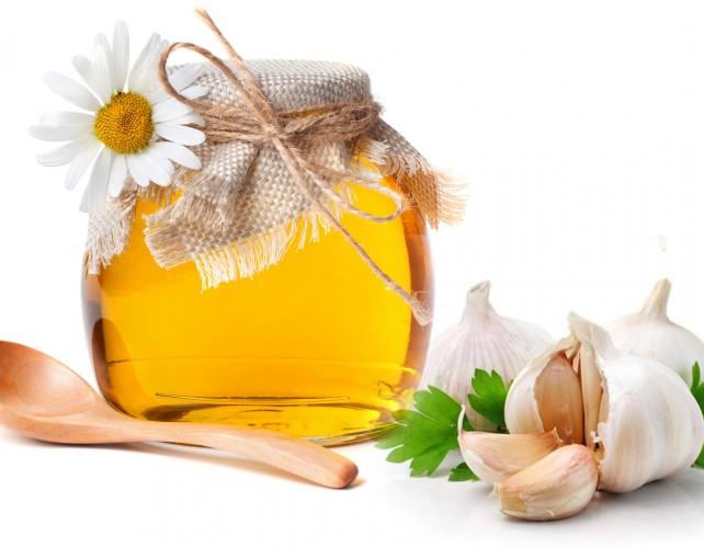 Dùng mật ong 1