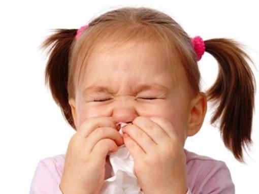Chữa dứt điểm nghẹt mũi ở trẻ không dùng thuốc 1