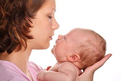 Sổ mũi ở trẻ sơ sinh cần làm gì? 1