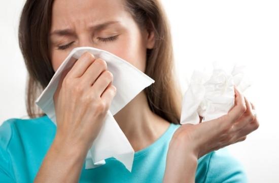 Hắt hơi, sổ mũi khi mang thai có nguy hiểm không? 1