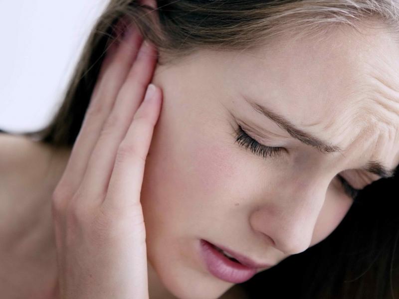 Dấu hiệu dễ nhận thấy của viêm mũi dị ứng 1